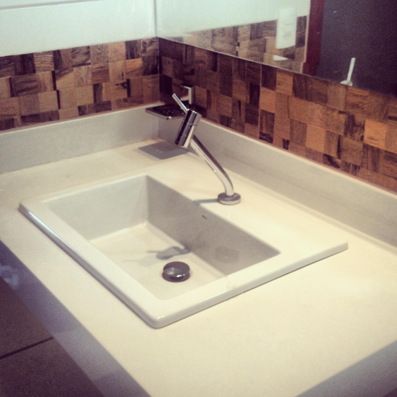Banheiro!!!! Madeira!!!!  #8F593C 2448x2448 Balcao Banheiro Cuba Sobrepor