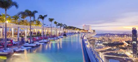 Marina-Bay-Sands_pool-on-the-top_b