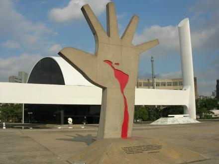 Mão-Niemeyer