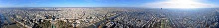 Vista panorâmica do 16º arrondissement e de grande parte da cidade de Paris a partir da Torre Eiffel.
