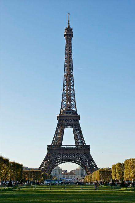 A Torre Eiffel.